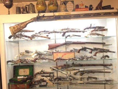close view gun cabinet